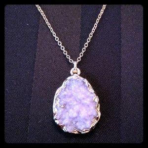 Jewelry - Gorgeous Violet Druzzy